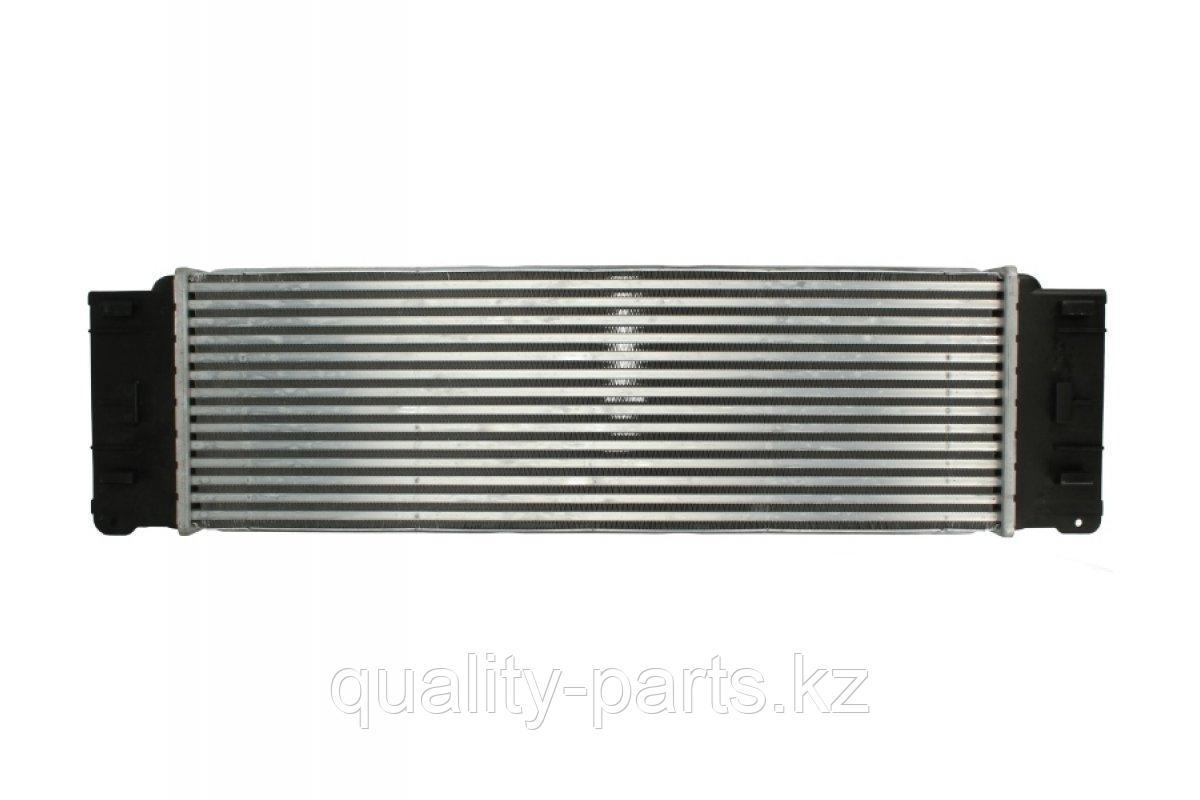 Радиатор на Hitachi ZX210