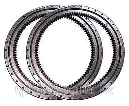 Поворотный круг на экскаватор Hitachi ZX240