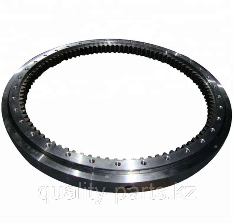 Поворотный круг на Hitachi ZX180