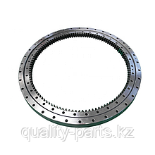 Опорно-поворотный круг на экскаватор Hitachi 160
