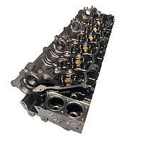 Головка блока цилиндров Isuzu 6WG1 на Hitachi ZX520