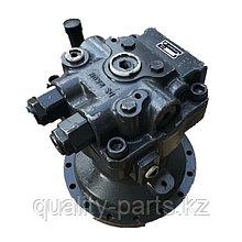 Гидромотор поворота на Hitachi ZX330