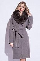 Пальто зимнее, 40-46, велюр, песец, серый лед
