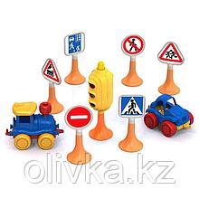 Набор «Дорожные знаки» №3 светофор, 6 знаков, 2 машинки