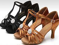 Туфли для бальных танцев (пуговица) взрослые. Цвет: коричневый