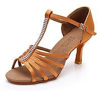 Туфли для бальных танцев со стразами (взрослые). Цвет: коричневый