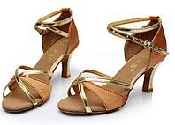 Туфли для бальных танцев (взрослые) бежево-золотые.