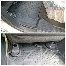 Резиновые коврики с высоким бортом для Mitsubishi Pajero Sport 2015-н.в., фото 3
