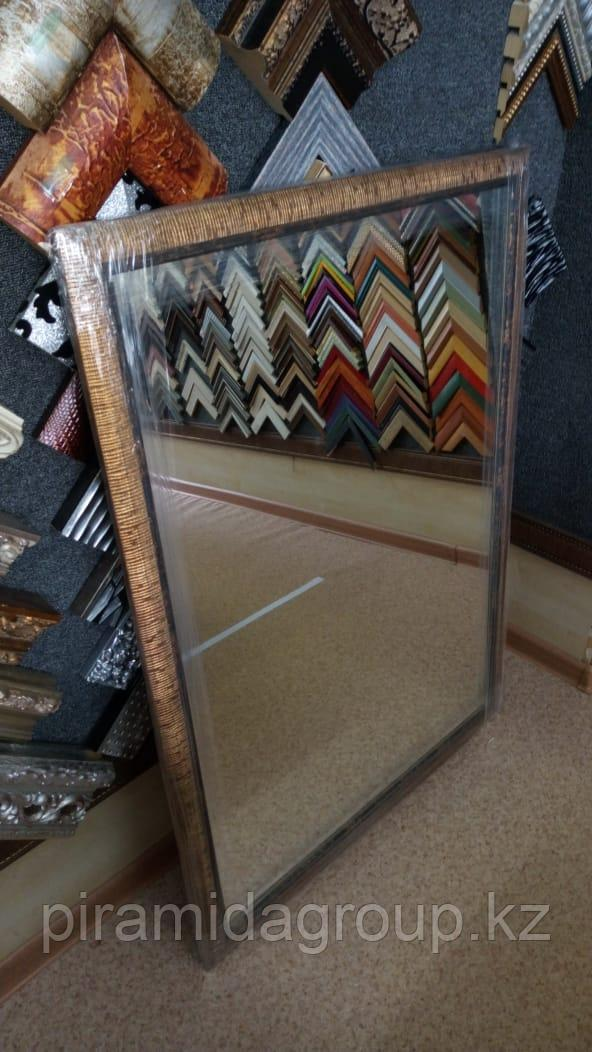 Изготовление зеркал в рамках по индивидуальному заказу
