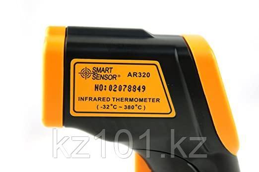 Бесконтактный инфракрасный термометр AR320