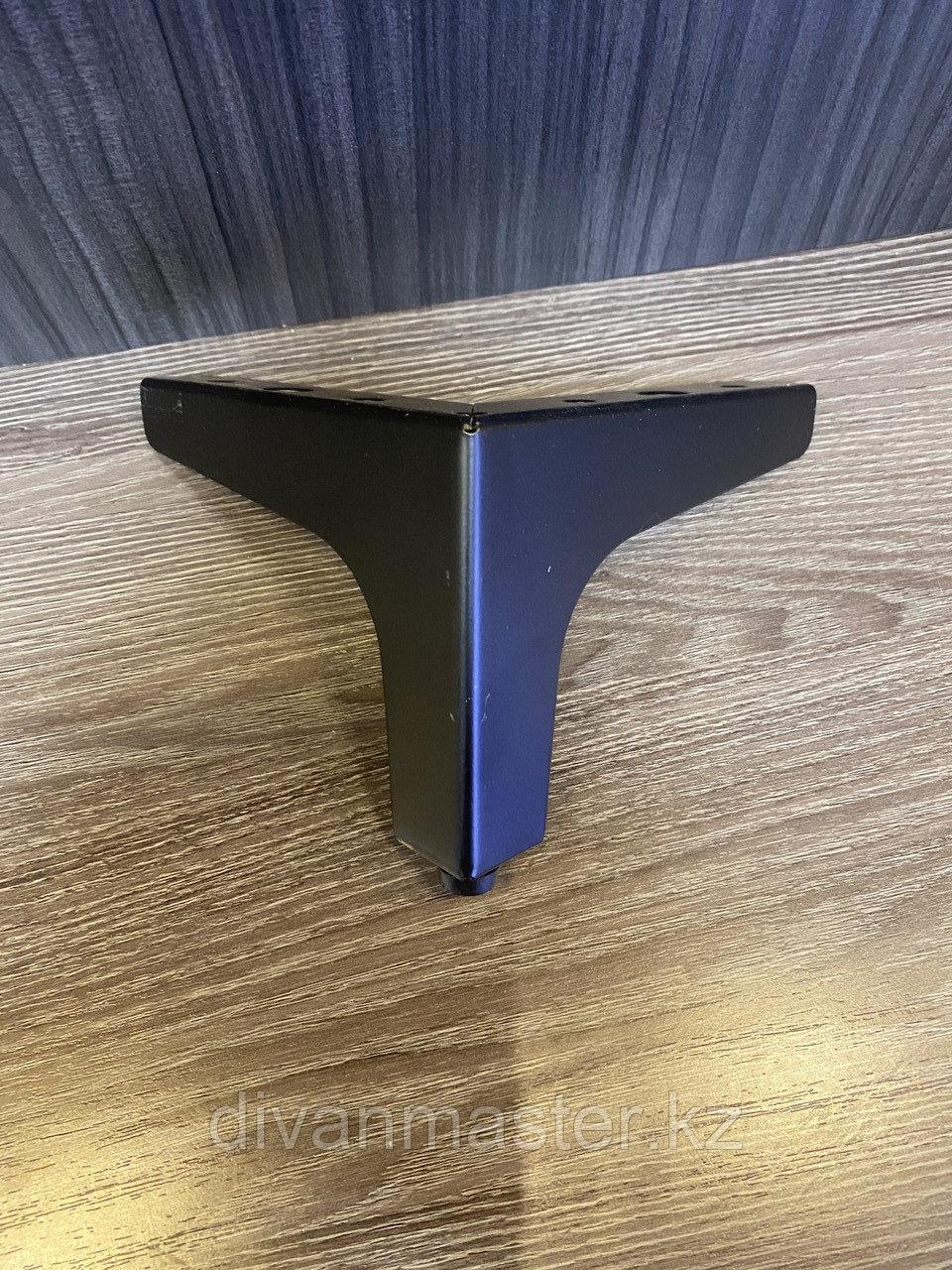 Ножка стальная, для диванов и кресел, черная 10 см