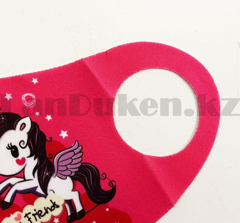 Многоразовая защитная маска детская от холода и пыли с принтом Единорога и принцессы розовая - фото 4