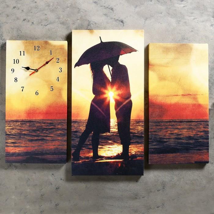 Часы настенные модульные «Влюблённая пара на берегу», 60 × 80 см