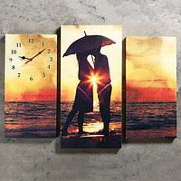 Часы настенные модульные «Влюблённая пара на берегу», 60 × 80 см, фото 1