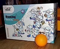 Робот. Танцующий доктор., фото 1
