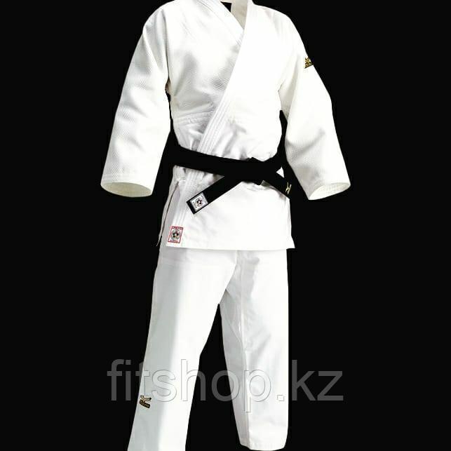 Кимоно для занятий дзюдо Mizuno с лицензией белого цвета