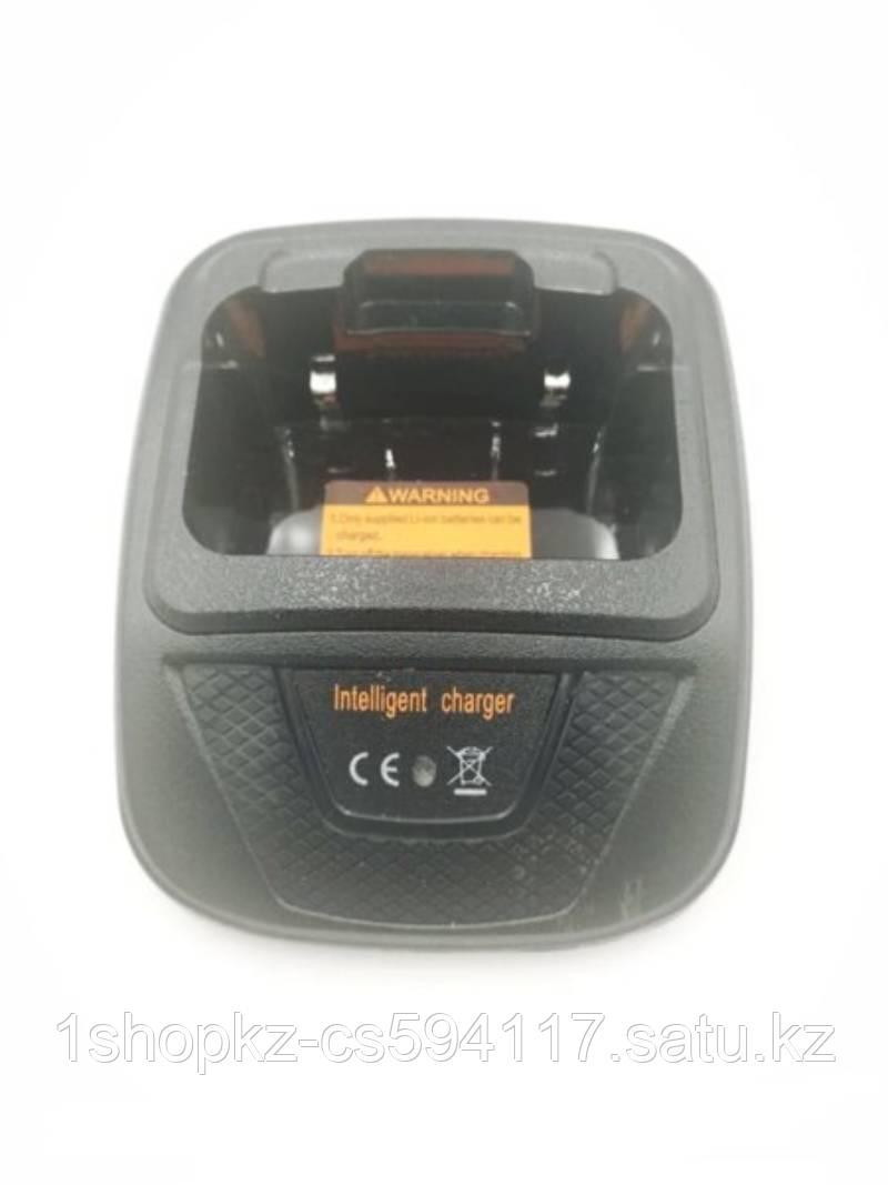 Зарядное устройство F560