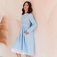 Платье женское льняное с хлопковым кружевом голубого цвета 42