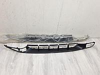 1L0853668GRU Решётка в бампер центральная для Seat Toledo 1991-1999 Б/У