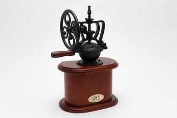 Кофемолка gipfel 9212 деревянная с колесом