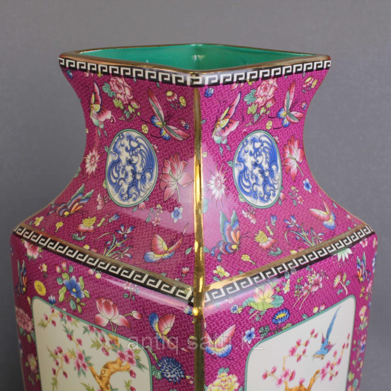 Бордовые вазы с бабочками. - фото 6
