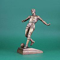 Кабинетная скульптура из бронзы. Футболист. Автор: Ветров. Россия, современная работа.