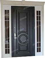Дверь входная с решеткой и стеклопакетом