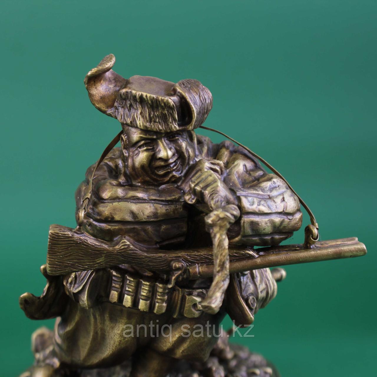 Удачливый охотник. Россия, современная коллекционная работа из бронзы. - фото 4