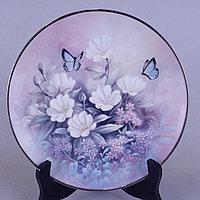 Коллекционные настенные тарелки серии « Драгоценности из мира цветов» Художник Tan Chun Chio