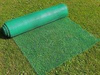 Профессиональная пластиковая сетка от кротов Black Mole для газона (рулон 50х2м)
