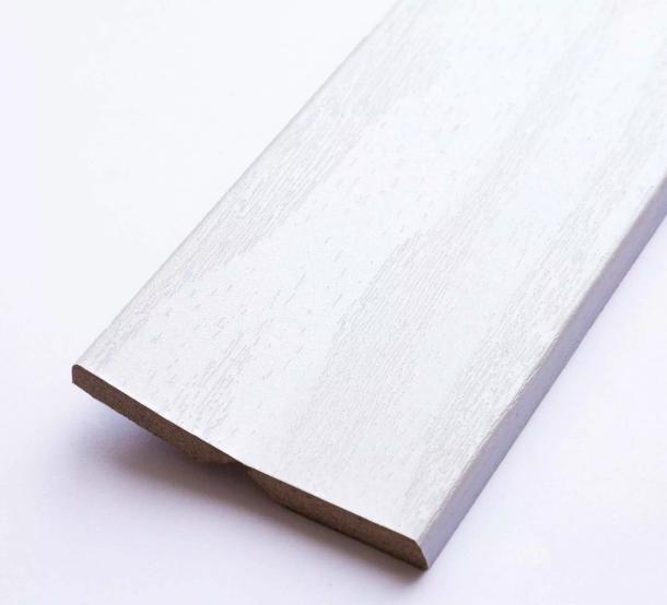 Угол универсальный 2,700 мм Сосна белёная Latat