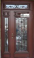 Дверь отделка МДФ со стеклом и ковкой