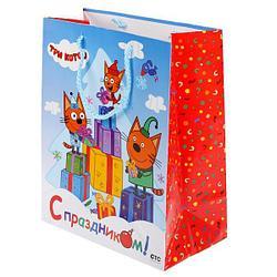 """Подарочный пакет Бумажный """"Три кота. С Праздником!"""", 26х32х14 см."""