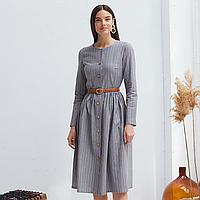 Платье женское на пуговицах серого цвета в полосу