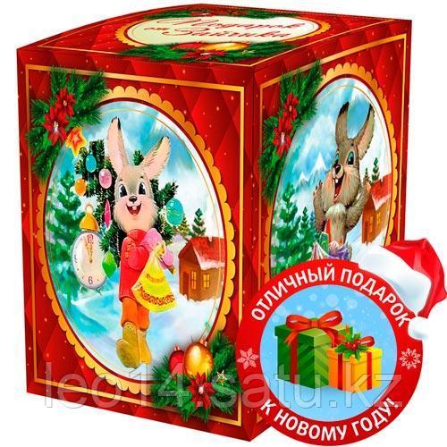 """Подарочная коробка для кружки """"Подарок от зайчика"""" (100х100х105мм)"""