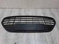 1724261 Решётка в бампер центральная для Ford Mondeo 4 2007-2015 Б/У