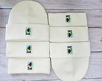 Брендированные вышивкой шапки на заказ