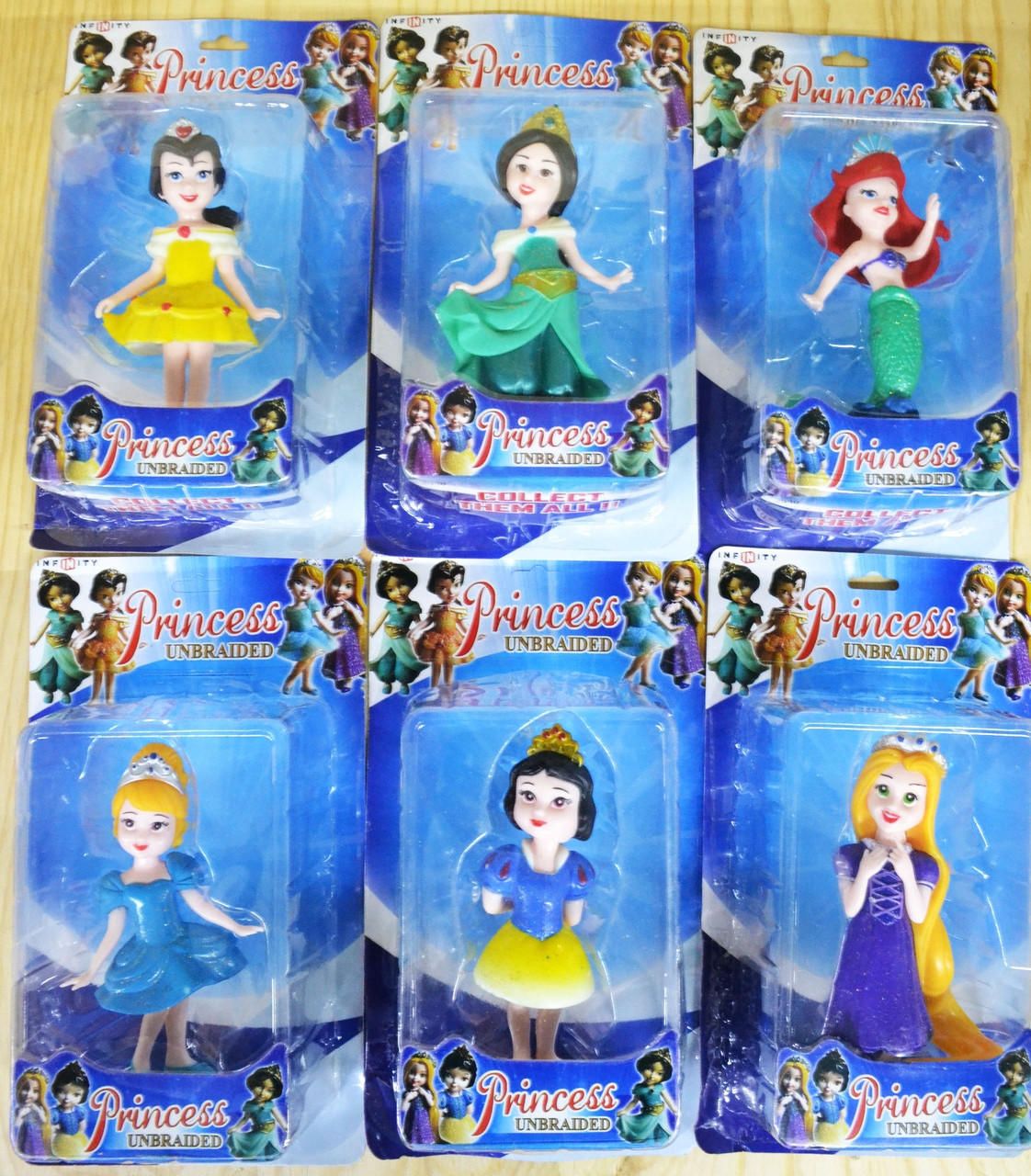 Немного помятая!!! 2939 Принцессы разные фигурки 6 видов 25*15см