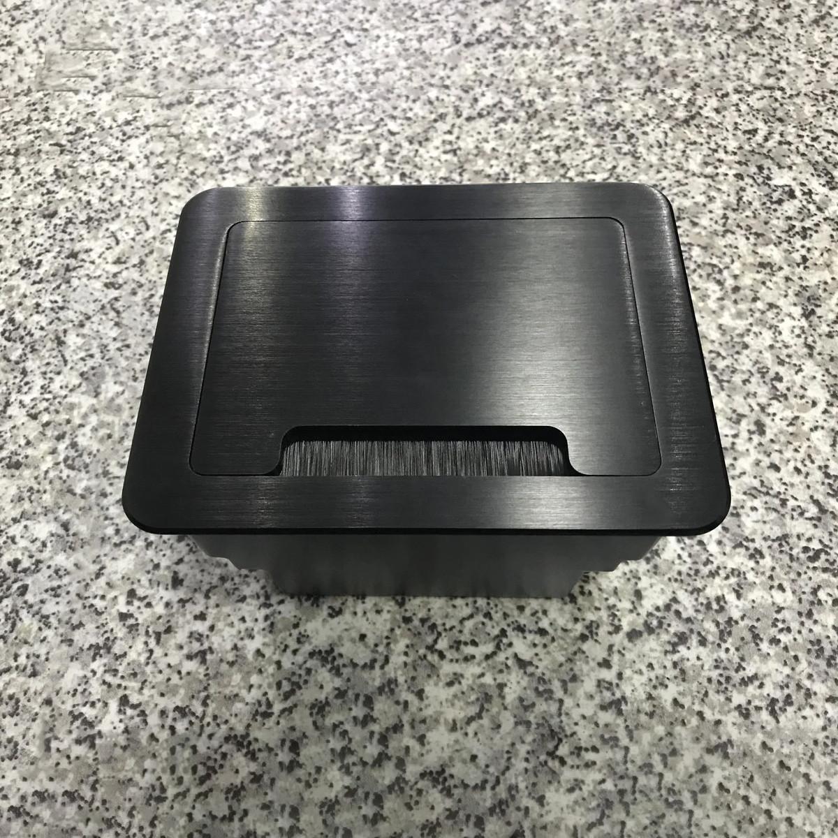 Настольный бокс на 4 модуля, черный (розетка в столешницу)