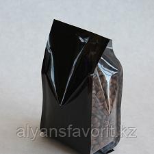 Пакет восьмишовный с плоским дном черный матовый с замком зип лок и прозрачными фальцами