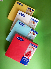 Салфетки бумажные однотонные бордовые
