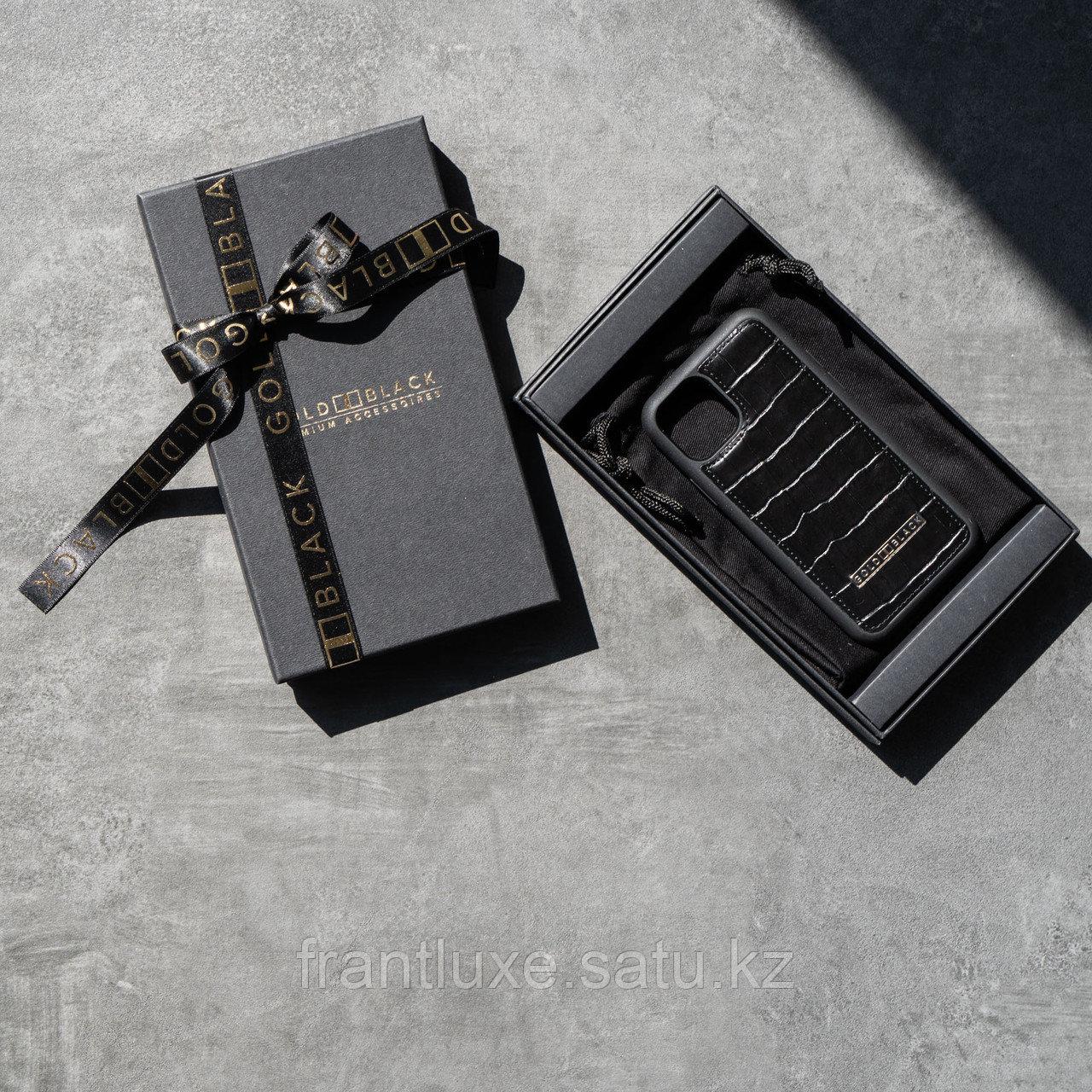 Чехол для телефона iPhone 12 Pro Max с ремешком-держателем Croco чёрный - фото 3