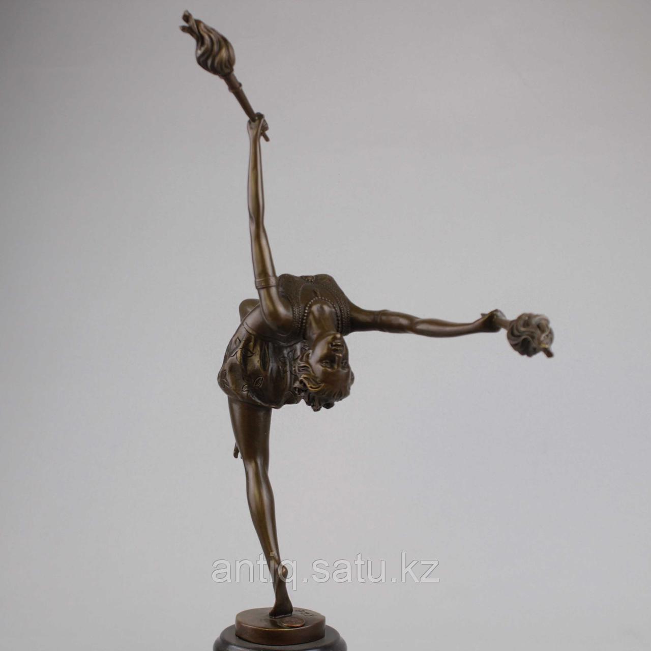 Танцовщица с факелами По модели всемирно известного французского скульптора Ferdinand Preiss (1882-1943) - фото 3