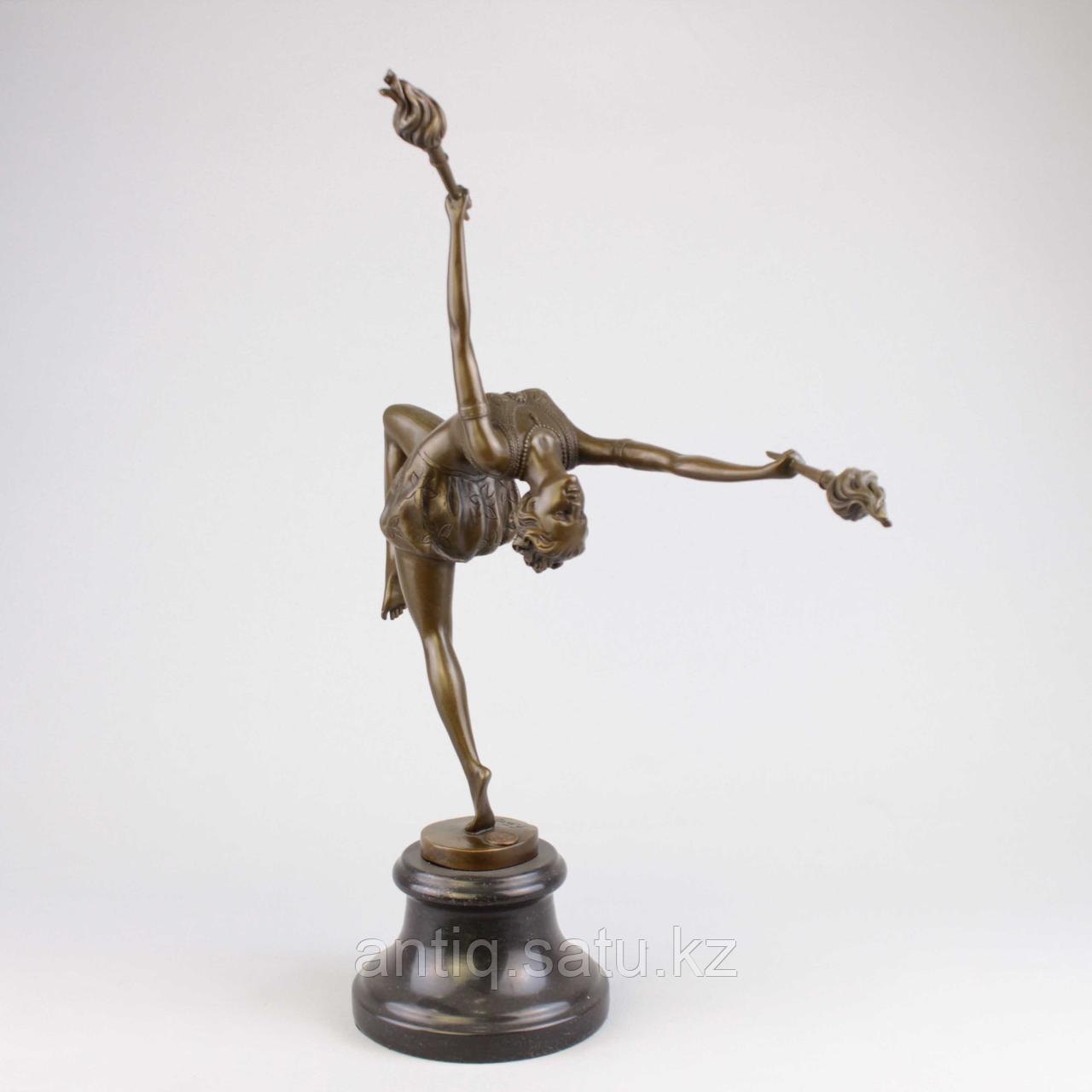 Танцовщица с факелами По модели всемирно известного французского скульптора Ferdinand Preiss (1882-1943) - фото 2