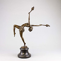 Танцовщица с факелами По модели всемирно известного французского скульптора Ferdinand Preiss (1882-1943)