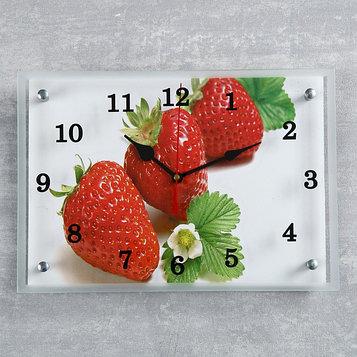 """Часы настенные, серия: Кухня, """"Клубника"""", 25х35  см, микс"""