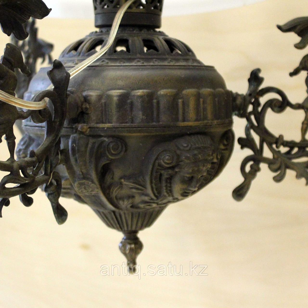 Люстра с куполом. Западная Европа - фото 4