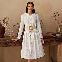 Платье женское на пуговицах молочного цвета, принт лаванда