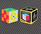 Профессиональный Кубик Рубика 3 на 3 Qiyi Cube в цветном пластике. Оригинал, фото 2