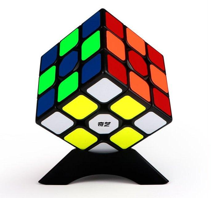 Оригинал 100%. Кубик Рубика 3 на 3 Qiyi Cube в черном пластике